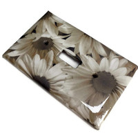Daisy Flowers Light Switch Plate, Decoupaged Paper, Varnish