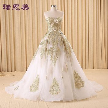 100%real golden embroidery white Medieval Renaissance gown princess dresses ball gown Victoria dress/Marie Antoinette/Belle Ball