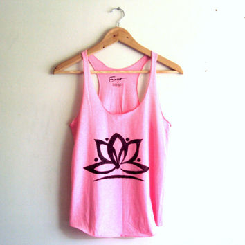 Yoga Top Tank Lotus Flower Pink Cropped Cut Out Tank Top Workout Fitness Hand Painted Top Zen T-Shirts Meditation Spiritual Top Tank
