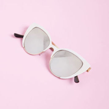 For Quite Sun Time Sunglasses in White