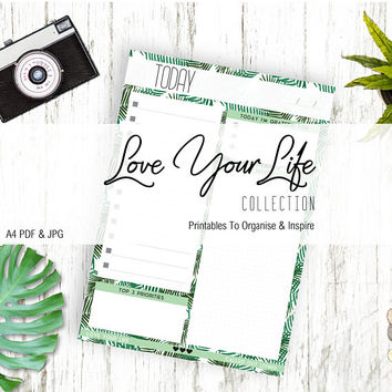 Printable to do list in Green palm leafy foliage print - Digital Download -  Pdf & Jpg - files Green palm leafy foliage print