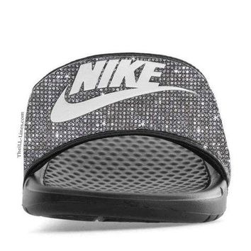 Nike Benassi JDI women's slide sandals  (GRAY)