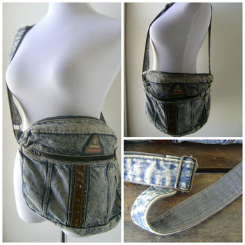 90s acid wash denim handbag | vintage 1990s cross body blue jean purse | jean purse | messenger bag | hipster boho | purses handbags satchel