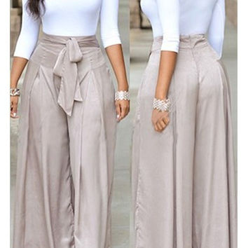 White Top Gray Loose Jumpsuit