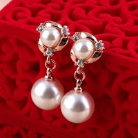 Pearlescent Perfection Earrings - Lilidoo