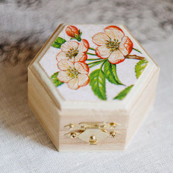 """Small hexahedral rustic style wedding box with cherry blossom """"Pastel Spring"""" - Natural wood, ring bearer, rustic, vintage, ecofriendly"""