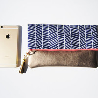 CHEVRON FOLDOVER CLUTCH, Navy blue herringbone bag, everyday casual clutch, gold leather clutch, fold over clutch, iPad sleeve, kindle case