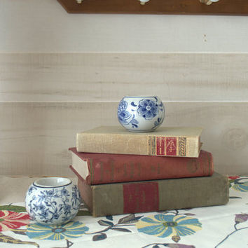 Chinoiserie Tea Candle Holder, Blue and White Ring Holder Dish, Decorative Votive Candle Holder