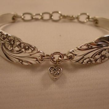 A Beautiful Spoon Bracelet Evening Star Pattern With Heart Charm Vintage Spoon and Fork Jewelry b400