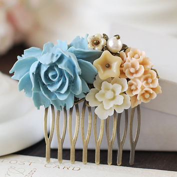 Vintage Style Collage Hair Comb. Flower and Blue Butterfly Hair Comb. Beige Cream Rose, Ivory Chrysanthemum, Brass Butterfly Hair Comb
