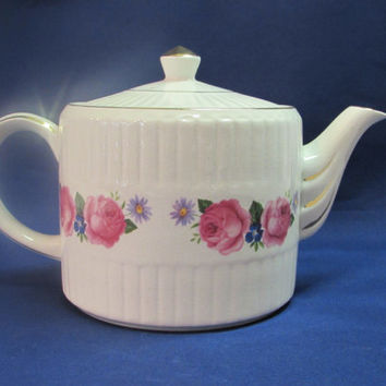 Staffordshire Teapot Genuine Heatmaster England Pink Roses