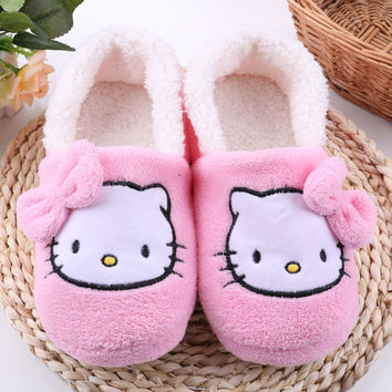 Women House Slippers 2016 hot Hello Kitty Plush Warm Home Slippers Thermal Indoor Slipper for Autumn Winter Soft Sole Shoes