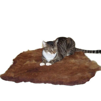 Alpaca Cat Bed Pet Mat Raw Fleece Felted Rug - Dark Fawn - Supporting Small Farms of The United States - Ready to Ship