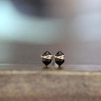 Pike Studs - Smoky Quartz