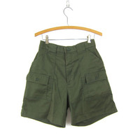 Vintage army green shorts High Waist Camp Cargo Shorts Resort Rugged Hiking SAFARI Wear Beach Camp Shorts Women's Size 10 Sportif Dell's