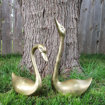 Huge Brass Swans, Vintage Extra Large Brass Swans, 4 lbs Each, Brass Wedding Decor, Garden Decor, Pond Decor, Patio Decor,Table Centerpiece