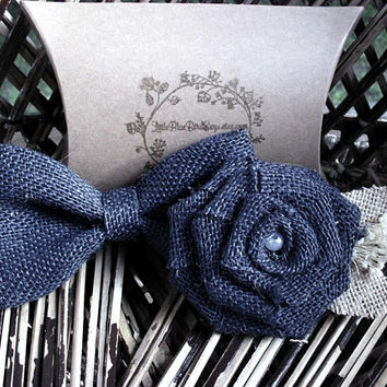 Navy burlap bow tie | Navy boutonniere | Bow tie and boutonniere set | clip on bow tie | rustic wedding | rustic bow tie |rustic boutonniere