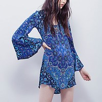Spell & the Gypsy Collective Womens Kiss the Sky Bell Sleeve