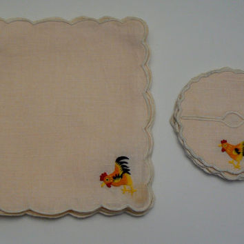 Rooster Irish Cream Peach Linen 8 Piece Set 4 Embroidered Cocktail Napkin Scalloped Martini Wine Glass Stem Slippers Dining Kitchen Coasters