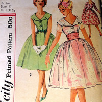 Vintage 1950's Simplicity Printed Pattern, Dress, Misses Jr. Dress, Size 11 Bust 31 1/2, Prom Dress, Formal Gown, Party Dress, Pattern 2954
