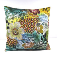 Pillow Cover w/14 x 14 pillow form - Tigris Floral; Accent pillow/decorative pillow cover for sofa, RV, dorm, bed - Pillow form INCLUDED