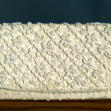 RESERVED FOR SARA Vintage 1950 Seed Bead and Pearl Cocktail Clutch Purse