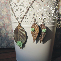 Leaf  Necklace Earrings and Ring by TheButterfliesShop on Etsy