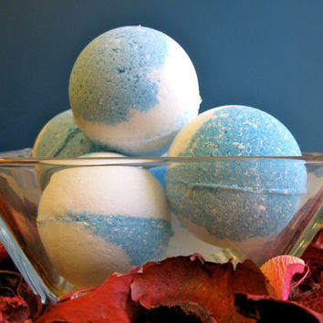 Vegan Bath Bomb Ocean Breeze by SerisSoaps on Etsy