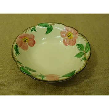 Franciscan Vintage Cereal Bowl Coupe 5 7/8in Floral Desert Rose USA Earthenware -- Used