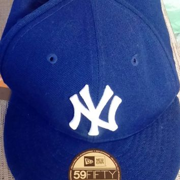 New Era Mens New York Yankees 59Fifty Cap In Blue - NY Yankees Logo To Front