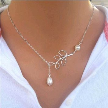 Hot Sale Luxury Leaf Imitation Pearl Necklace Circle Lariat Necklace Jewelry Wedding Party Gift  Tree leaf pearl necklace