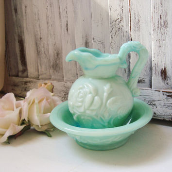 Vintage Avon Jade Green Pitcher and Bowl Set, Bathroom Decor, Cottage Chic, Shabby Chic Mint Green Small Bowl and Pitcher Set, Photo Prop