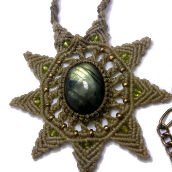 Handmade macrame necklace made with labradorite cabochon and Thai wax cord