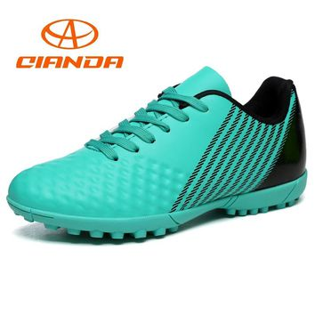 QIANDA Men Women Professional Football Shoes Breathable Outdoor Leather SG/TF Soccer Boots Athletic Trainers Non-slip Sneakers