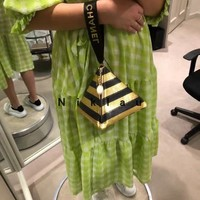 HCXX 19Aug 111 1614 Fashion Causal Pyramid Bag Casual Wristlet Handbag