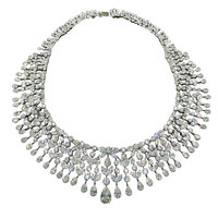 Magnificent Drape Important Diamond Necklace