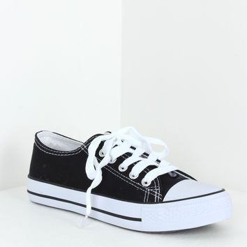 Lace Up Sneakers Black