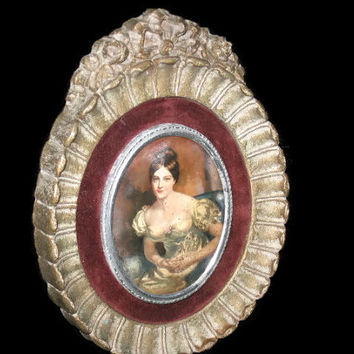 Vintage Cameo Creations, Frame, Elegant Frame, Wooden Cameo Frame, Countess Of Blessington, Vintage Photo Frame, Home Decor, Collectible