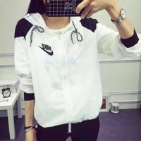 ONETOW Nike' Women Casual Fashion Multicolo Letter Print Long Sleeve Zip Hooded Sunscreen Clothes Windbreaker Coat