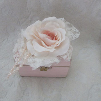 Shabby Blush Wedding Ring Box Beautiful Vintage Victorian trinket or memory box