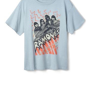 DAYDREAMER - RAMONES GRAPHIC TEE