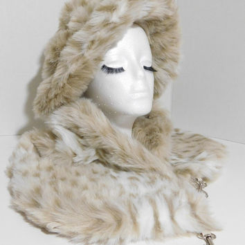 Very Nice! Faux Fur Scarf ( Snow Leopard - Beige) Winter Scarf, Cold Weather Stole, Faux Fur Wrap, Faux Fur collar