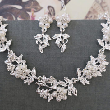 White Pearl Floral Leaf Rhinestone Bridal Jewelry Set Crystal