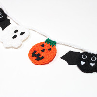 Halloween Garland, Crochet Bunting, Fall Party Decoration, Wall Hanging, Home Decor, Ghost, Pumpkin, Bat