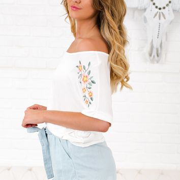Old Memories Embroidered Top (White)