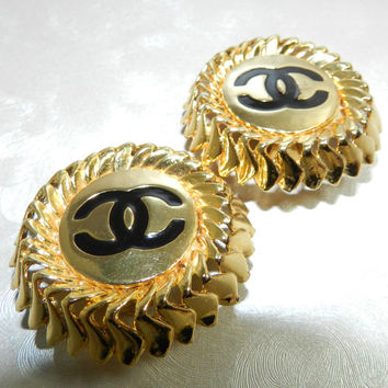 Fabulous Vintage Chanel CC Logo Clip On Earrings Gold Tone and Black