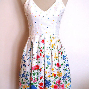 1950's / 1960's Lanz Originals vintage summer dress. Crisp cotton, perfect for the season. Excellent condition.