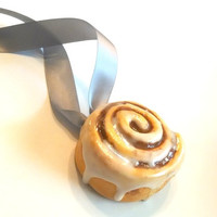 Cinnamon Roll Christmas Ornament, Polymer Clay Food, Holiday Decor