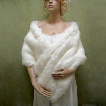 Bridal faux fur stole wrap shrug A002