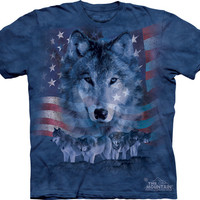(ALL-NEW-WOLF-PORTRIAT & PATRIOT-FLAG,WITH WOLF PACK-IN-BACK,NICE-GRAPHIC-PRINTED-PREMIUM-TEES,COMES-IN-ALL-SIZES:)